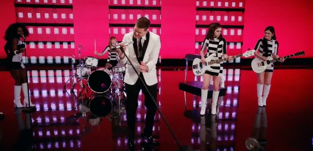 Michael Bublé To Love Somebody Video Still