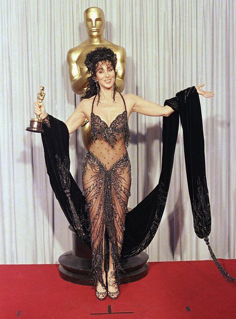 The most Iconic Oscars Dresses Cher